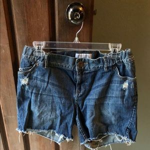 Liz Lange Maternity Denim Shorts sz Sm